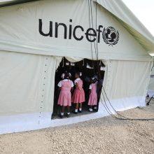 UNICEF: beveik kas trečia prekybos žmonėmis auka yra vaikas