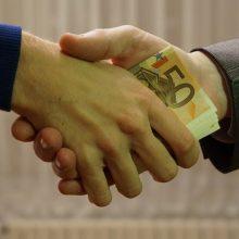 Padėtas taškas byloje dėl tariamos įtakos Lietuvos banko atstovui