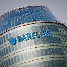 """Susitarimas patvirtintas: """"Barclays"""" iškelia per 460 darbo vietų"""