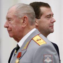 Sovietų ministrą D. Jazovą prokuratūra siūlo įkalinti iki gyvos galvos