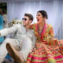 P. Chopra ir N. Jonasas atšoko prabangias vestuves Indijoje