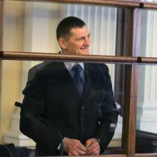 Henytei vėl nepavyko ištrūkti iš Lukiškių
