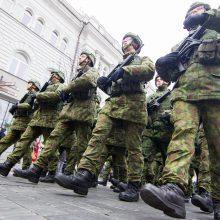 Idėja siųsti į Rytų Ukrainą trišalę brigadą – per ankstyva?