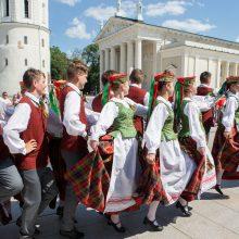 Dainų šventės Šokių diena: saulės ratą suks 8 tūkst. šokėjų