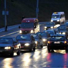 Vairuokite atsargiai: Rytų Lietuvoje formuojasi plikledis