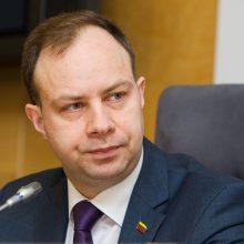 Opozicija surinko parašus A. Verygos interpeliacijai