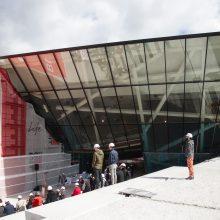 Atidengtas MO muziejaus fasadas