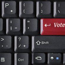Ekspertai: Lietuva neturi elektroninių rinkimų dėl politikų baimės
