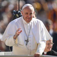 Penki žingsniai susitikti su popiežiumi Lietuvoje