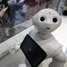Rusijoje sukurta keturrankė robotė slaugė