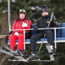 """Rusijos ir Baltarusijos prezidentai slidinėdami aptaria abiejų šalių """"integraciją"""""""