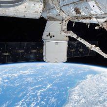 """Rusijos erdvėlaivyje """"Sojuz"""" aptiktas grąžtu padarytas korpuso pažeidimas <span style=color:red;>(papildyta)</span>"""