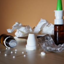 Sergamumas gripu ir peršalimo ligomis ir toliau mažėja