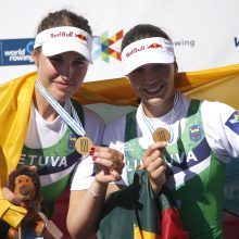 Irkluotojos M. Valčiukaitė ir I. Adomavičiūtė – pasaulio čempionės