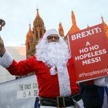 """D. Britanijoje gyvenantiems ES piliečiams skirta """"linksma"""" žinutė sulaukė kritikos"""
