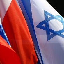 """Varšuva reikalauja, kad Izraelis atsiprašytų už """"rasistines"""" replikas"""