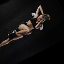 Specialistai pataria: sportuojant namuose, derinkite kardio ir jėgos treniruotes