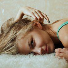 Plaukų slinkimo problemai spręsti – šaldantys šalmai