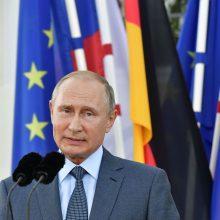 Jungtinė Karalystė ragina JAV ir Europą labiau stengtis suvaržyti V. Putiną