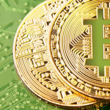 Internetinėse parduotuvėse – masinis atsiskaitymas bitkoinų valiuta
