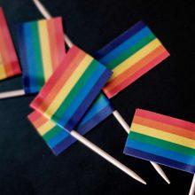 Baltarusija kritikuoja Didžiosios Britanijos ambasadą už LGBT vėliavos iškėlimą