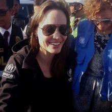 Holivudo žvaigždė A. Jolie aplankė Venesuelos pabėgėlius