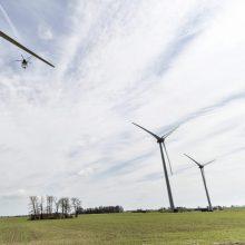 """""""Lietuvos energijai"""" leista įsigyti vėjo elektrines"""