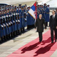Įspūdingas V. Putino sutikimas Serbijoje: į gatves išėjo 100 tūkst. žmonių