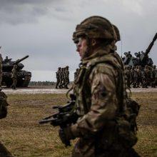 Tvyranti įtampa su Rusija: Ukraina mobilizuoja atsargos karius