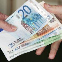 Sostinėje iš senolių sukčiai išviliojo 2,3 tūkst. eurų