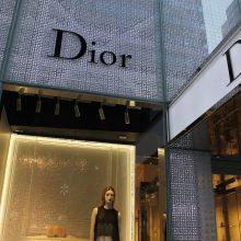 """Itin liesų modelių atsisako """"Christian Dior"""", """"Saint Laurent"""" ir kiti gigantai"""