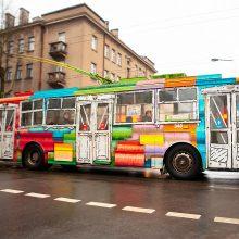 Kauno viešasis transportas virsta gatvės menu: kiek troleibusų jau nuspalvinta?