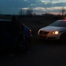 Kirtis narkotikų gabentojams: sulaikė su įkalčiais rankose