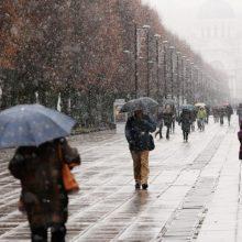 Sekmadienio orai: vietomis gali užklupti lietus