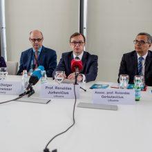 Reikšminga: R.Jurkevičius randa laiko dalyvauti onkologų ir hematologų konferencijose.