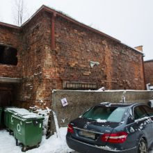 Kauniečiai stveriasi už galvų: savivaldybės turtas kelia pavojų