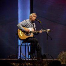 K. Jakutis kviečia į susitikimus akustiniuose koncertuose