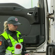 Girtas vilkiko vairuotojas uždarytas į areštinę