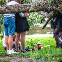 Į ligonines paguldyti du alkoholiu apsinuodiję nepilnamečiai