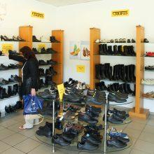 Suplyšę batai pardavėjo neįtikino?