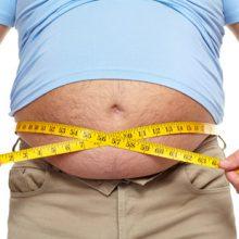 Dietologė: stebuklingų produktų ar pratimų pilvui sumažinti nėra