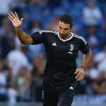Liko trys kandidatai į UEFA geriausio žaidėjo titulą