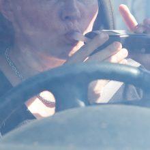 Blaivumo nesitikrinantys vairuotojai gąsdinami baudžiamąja atsakomybe