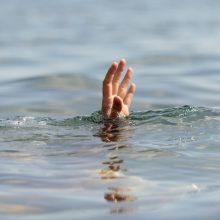 Birštone praeivis iš baseino lauke ištraukė darželinuką