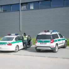 Kauno bendrovėje – skaudi nelaimė: įrenginys vyrui sužalojo ranką