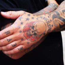 Spalvotos tatuiruotės: bijoti ar mėgautis?