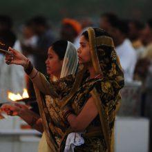 Indijoje 11 žmonių mirė galimai apsinuodiję maistu šventykloje