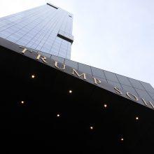 Niujorko viešbutis atsisako D. Trumpo pavardės pavadinime
