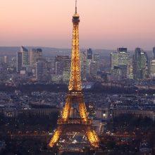Paryžiuje dėl streiko uždarytas Eifelio bokštas