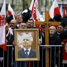 Siūlo neskubėti įamžinti L. Kaczynskio ir B. Nemcovo atminimo Vilniuje